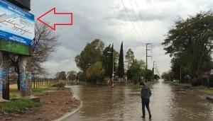 calle cura brochero inundada