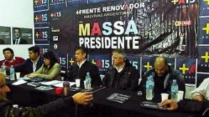 mesa fundadora del Frente Renovador