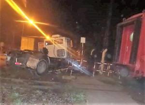 tren embiste camión