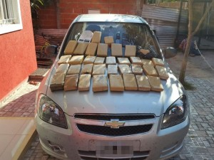 droga-que-transportaba-el-policia